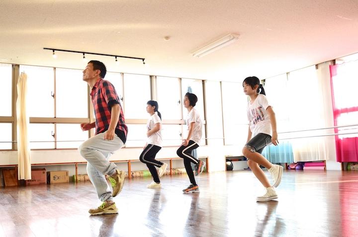 石垣岛 86 DANCE STUDIO 「用舞蹈来让岛上充满活力!」KI-HAT的3人挑战舞蹈课程!