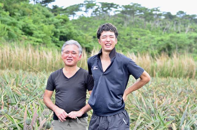 美味!是有原因的;父子一起栽培的冲绳产凤梨<名护市>