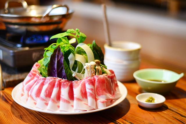 """可以吃到今归仁Agu阿咕料理的专卖店 """"长堂屋"""""""