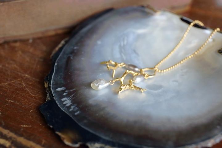 冲绳大自然所创造出的美丽造型,释放出存在感的庆良间珍珠让人着迷